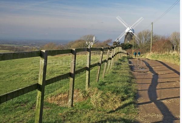 28a_view-of-wndmills